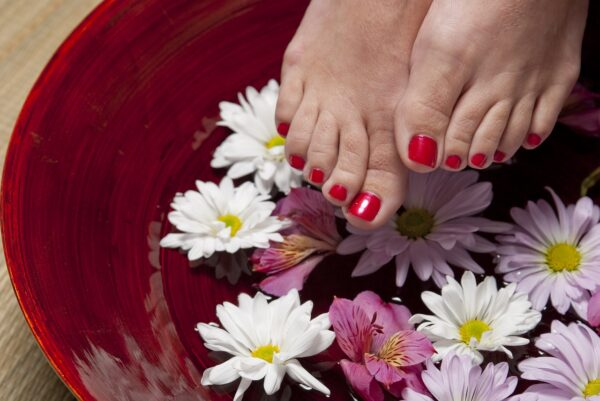 Refreshing foot bath