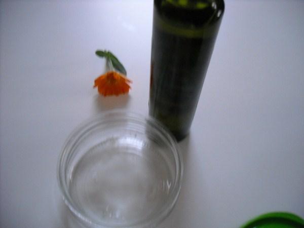 Calendula oil - ingredients
