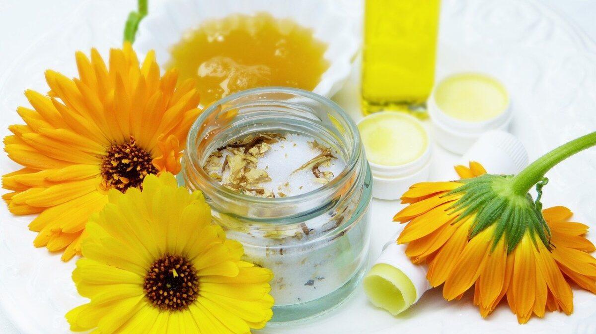 Calendula-oil-uses