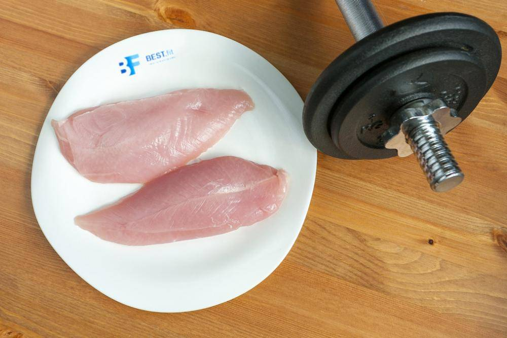 What to eat after strength training?  4 main myths
