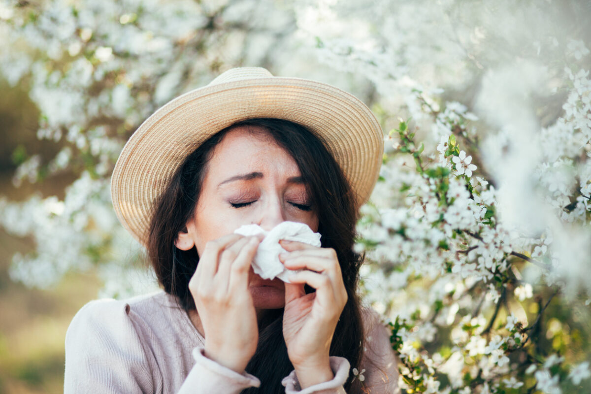 Spring allergies: how to keep them away from home