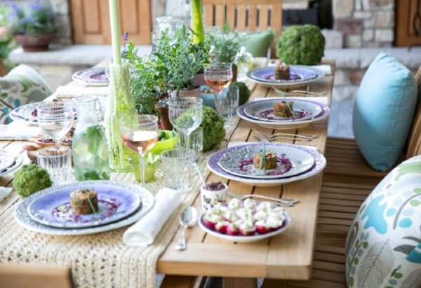 Provencal-style-table-5